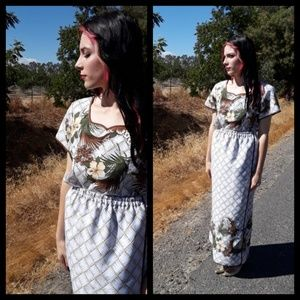 Beautiful handmade vtg Hawaiian 2 piece maxi set!